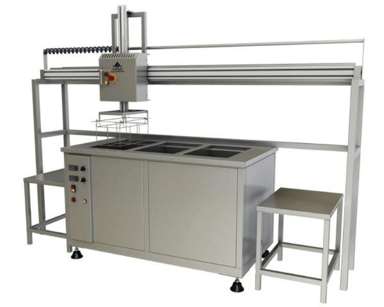 Lavadora de piezas por ultrasonidos con cestas y manipulación neumática 4