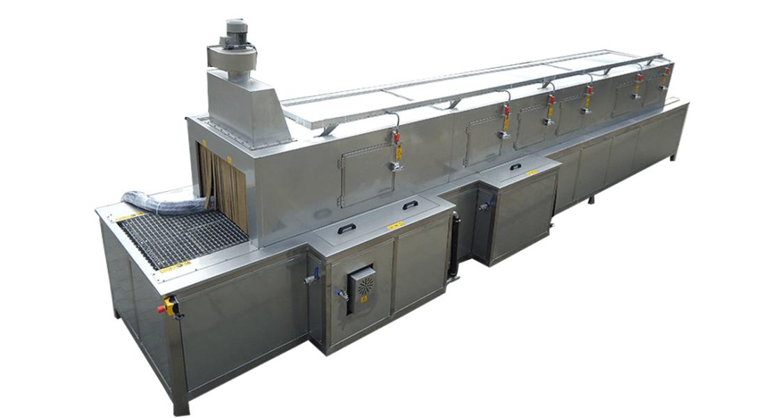Lavadora industrial de tipo tunel para piezas 10