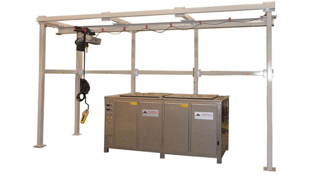 Lavadora industrial para carga de piezas con grua o polipasto 1